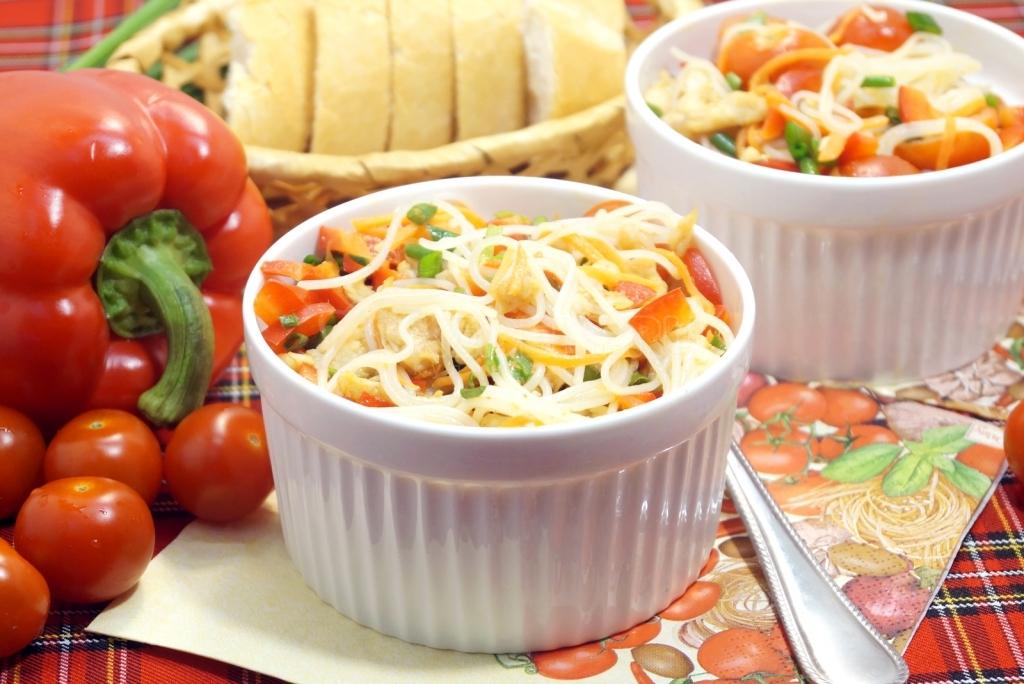 Рецепты салатов с фунчозой с простые и вкусные